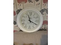 large white clock excellent condition