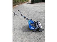 Push lawnmower with grass collection box. Adjustable blade. Very good working condition.
