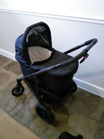 Fantastic UPPAbaby Vista Pushchair and Pram System for sale with compatible car seat, isofix base