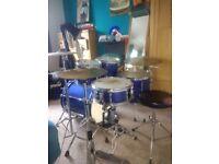 Yamaha stage custom advantage series drum kit