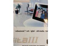 """Digital multi media photo frame, 7"""" - AKITAIII"""