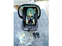 Cosatto travel system and 0+ car seat
