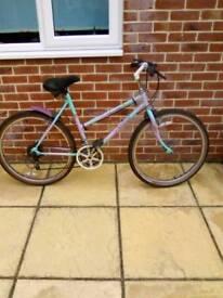 """Ladies Raleigh camaro, 26"""" wheel bike"""