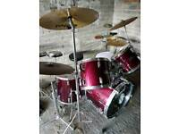 Pearl 5 Piece Drum Kit Complete With Accessories