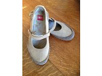 RRP £55, North Face, tan leather flats, Mary Jane style, size 7- only worn once!