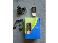 Nokia 2730 classic - Black (O2) & (tesco)Mobile Phone