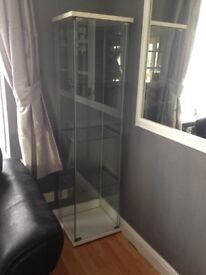 Display cabinet unit in excellent condition