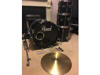 Drum kit, PEARL FORUM SERIES, MINT CONDITION