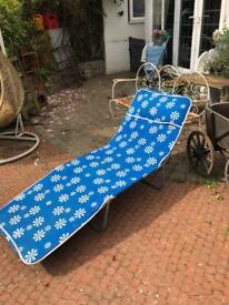 vintage retro kitsch atomic sun bed beach lounger camping