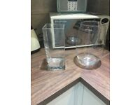 2 modern glass vases