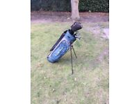 Full Set of Golden Bear Ladies Golf Clubs with Bag (never used)