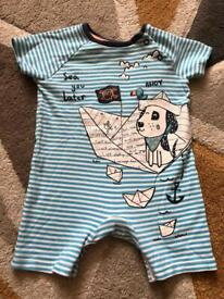 Baby outfit 3-6 months