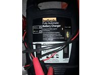 Halfords Auto Battery charger Motorbike or car