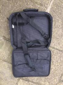 Laptop bag by Targus - excellent condition