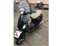 Vespa for sale 900 ono