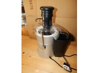 Whole Fruit Juicer - Hardly Used with Manual in Excellent Condition