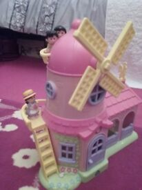 Early Learning ,Windmill farm house/ Treehouse / large boot