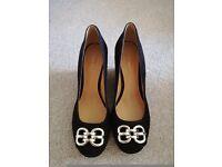 Nine West black size 7 shoes