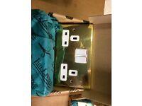 Qty 6 - 13 amp 2 Gang Polished Brass Sockets - new