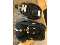 Maxi Cosi Cabriofix car seat + EasyFix base + buggy adapters + rain cover
