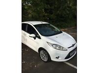 Ford fiesta 2009 titanium (top spec) 5door