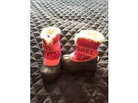 UK size 5 pink Sorel snow boots