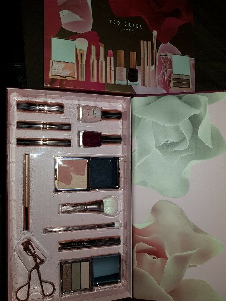 aabed3b61fa679 Genuine Ted Baker Ted s Bouquet Cosmetic Collection brand new