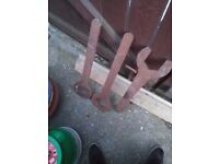 Large rustic spanners