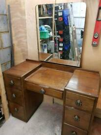 Dresser dressing table and mirror