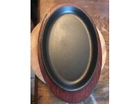 6 x Skillets with wooden base