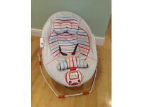 Mama's & Papa's nest baby seat