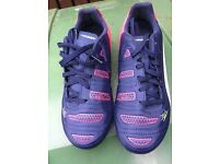 Kids football boots, size 4