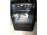 Electric Cooker with Ceramic Hob - Black