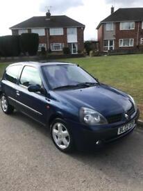 Renault Clio 1.1 petrol
