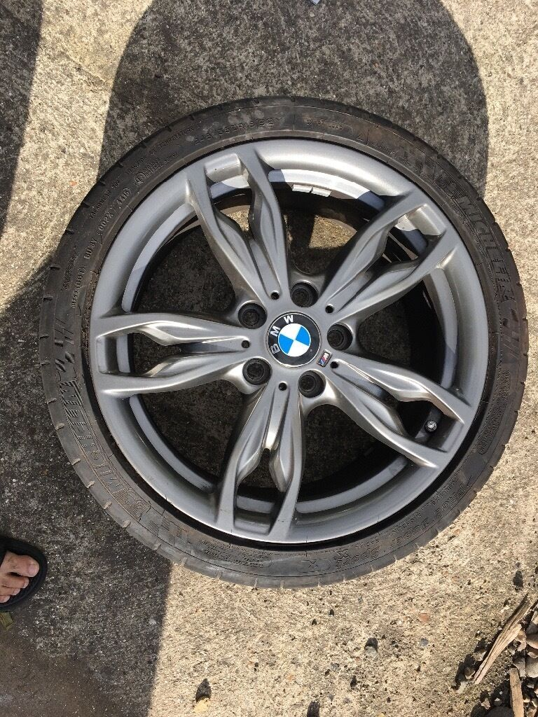 Bmw f20 135i alloys wheels immaculate condition