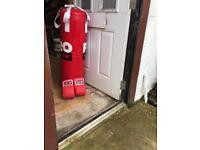 Punch bag en gloves