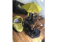 It's really good condition baby pushchair set with car sit and also rain cover and umbrella