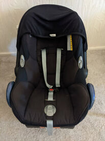 Maxi-Cosi Car Seat + Easybase 2 from 0 months+