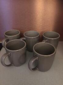 Mugs x6
