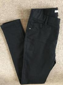 Black skinny jeans - Size 10 regular