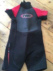 Children's Wetsuit Red/ black.