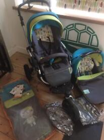 Jane slalom R buggy/carrycot/car seat. Loads of extras