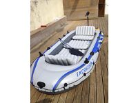Excursion 5 Inflatable boat with electric trolling motor
