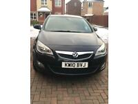 Vauxhall Astra Exclusive Black 1.6 Petrol 2010