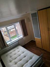 Room to rent on Marston road 500pcm