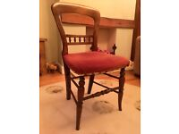 Spoonback mahogany antique chair