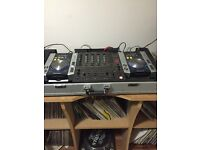 Pioneer 200 Decks and Pioneer DJM 600 Mixer With Flight Case and JBL MONITOR Speaker