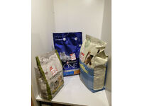 Job lot of dried cat food Purina 3kg Harringtons 1.5kg James Wellbeloved 4kg