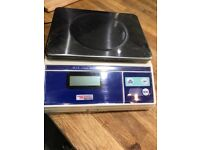 Weighstation electronic kitchen scales 15kg graduation 5g. 7 months old. Excellent condition.