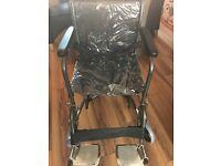Lightweight collapasable wheelchair